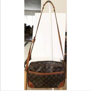 💯Authentic Louis Vuitton Trocadero Crossbody Bag